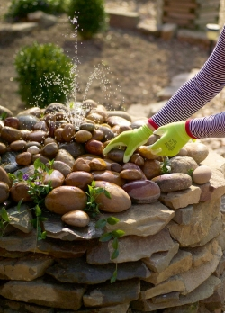 Декоративный фонтан своими руками - как красиво разместить